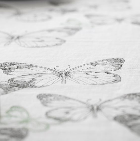 affair-butterfly-tablecloth-1